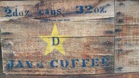 Cajón de madera estarcido de latas de Java Coffee Imágenes de archivo libres de regalías