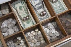 Cajón del dinero de la vendimia fotografía de archivo libre de regalías