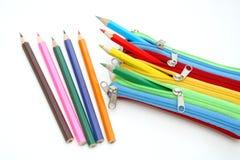 Caja colorida con los lápices Imágenes de archivo libres de regalías