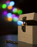 Caja con magia Imagenes de archivo