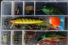 Caja de aparejos de pesca para la reconstrucción imagenes de archivo