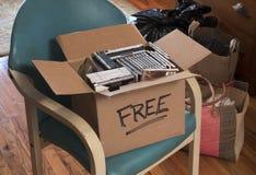Caja de Cdes libres y de DVDs Fotografía de archivo