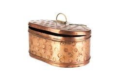 Caja de cobre del vintage aislada en blanco Fotografía de archivo libre de regalías