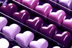 Caja de corazones el ultravioleta del chocolate Imagen de archivo libre de regalías