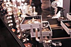 Caja de herramientas del maquillaje Fotografía de archivo libre de regalías