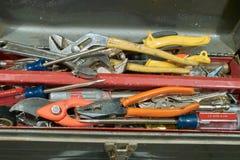 Caja de herramientas llena Fotos de archivo libres de regalías