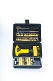 Caja de herramientas negra con las herramientas Imagen de archivo