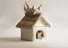 Caja de la caseta de perro de la porcelana Fotografía de archivo