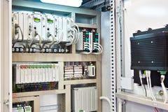 Caja de la comunicación para los componentes electrónicos fotografía de archivo