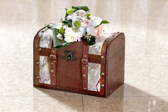 Caja de la invitación de boda Fotografía de archivo libre de regalías