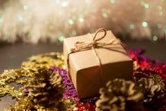 Caja de la Navidad Imagen de archivo libre de regalías