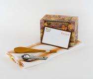 Caja de la receta y tarjeta en blanco de la receta Foto de archivo libre de regalías