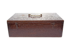Caja de madera aislada en el fondo blanco Foto de archivo