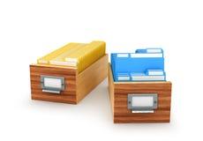 Caja de madera con los ficheros de archivo y las carpetas, aislados en los vagos blancos Fotografía de archivo