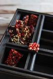 Caja de madera del chocolate Foto de archivo libre de regalías