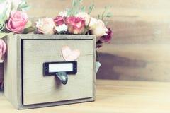 Caja de madera del vintage Fotografía de archivo