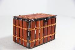 Caja de madera en el fondo blanco Fotos de archivo