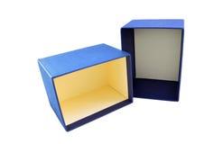 Caja de regalo azul con la tapa Fotos de archivo libres de regalías