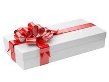 Caja de regalo blanca con la etiqueta en blanco del regalo Fotografía de archivo
