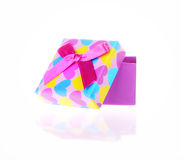 Caja de regalo con el arco aislado foto de archivo libre de regalías