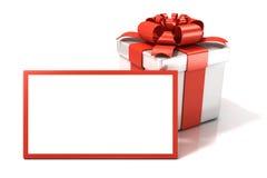 Caja de regalo con el carte cadeaux en blanco Imagen de archivo