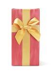 Caja de regalo con la cinta del arco Foto de archivo libre de regalías
