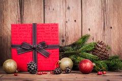Caja de regalo con la Navidad Fotografía de archivo