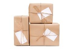 Caja de regalo con la tarjeta Imágenes de archivo libres de regalías