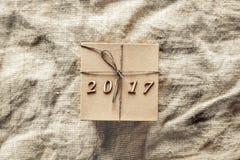 Caja de regalo de la Navidad, Año Nuevo 2017 Imagenes de archivo