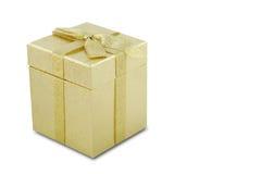 Caja de regalo de la Navidad del oro Foto de archivo libre de regalías