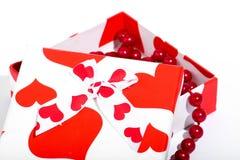 Caja de regalo del amor Imagenes de archivo