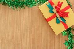 Caja de regalo del día de la Navidad Fotos de archivo