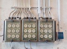 Caja eléctrica vieja del fusible Fotos de archivo