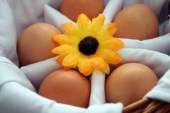 Caja floral de los huevos   Foto de archivo