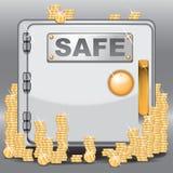 Caja fuerte llenada de las monedas de oro Foto de archivo libre de regalías