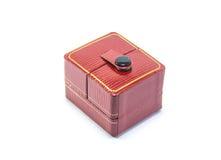 Caja rectangular roja del anillo Foto de archivo