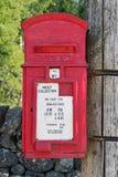 Caja roja de los posts Imagen de archivo