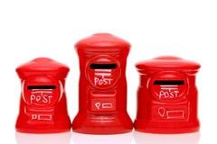 Caja roja de los posts del juguete Fotos de archivo libres de regalías