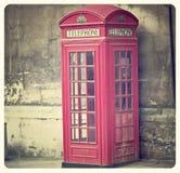 Caja roja del teléfono Fotos de archivo libres de regalías