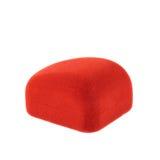 Caja roja del terciopelo aislada Foto de archivo libre de regalías