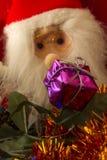 Caja y Santa Claus de regalo Fotografía de archivo
