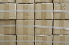 Cajas apiladas Imágenes de archivo libres de regalías