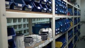 Cajas azules de Warehouse fotos de archivo libres de regalías