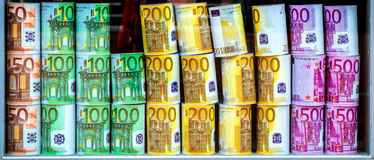 Cajas de dinero EURO fotografía de archivo
