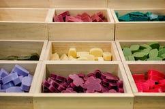 Cajas de jabones coloridos Fotografía de archivo