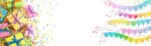 Cajas de regalo coloreadas con las cintas coloridas Fondo blanco largo Imagenes de archivo