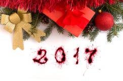Cajas de regalo de la Navidad y Feliz Año Nuevo 2017 Imagenes de archivo