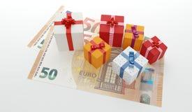 100 cajas euro de los presentes de los regalos con el dinero del efectivo Imagen de archivo