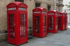 Cajas rojas del teléfono de Londres Fotos de archivo libres de regalías