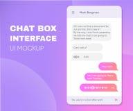 Cajas vivas de la charla del teléfono móvil Smartphone app en línea Uso de moda de Chatbot con la ventana del diálogo Mensajero d Imágenes de archivo libres de regalías